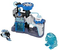 Imaginext DC Super Friends Exclusive Mr. Freeze Headquarters Gift Set (Blue, White, Black)