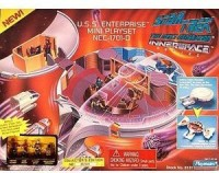 Playmates Star Trek The Next Generation Innerspace Playset - U.S.S. Enterprise NCC-1701-D (Multicolor)