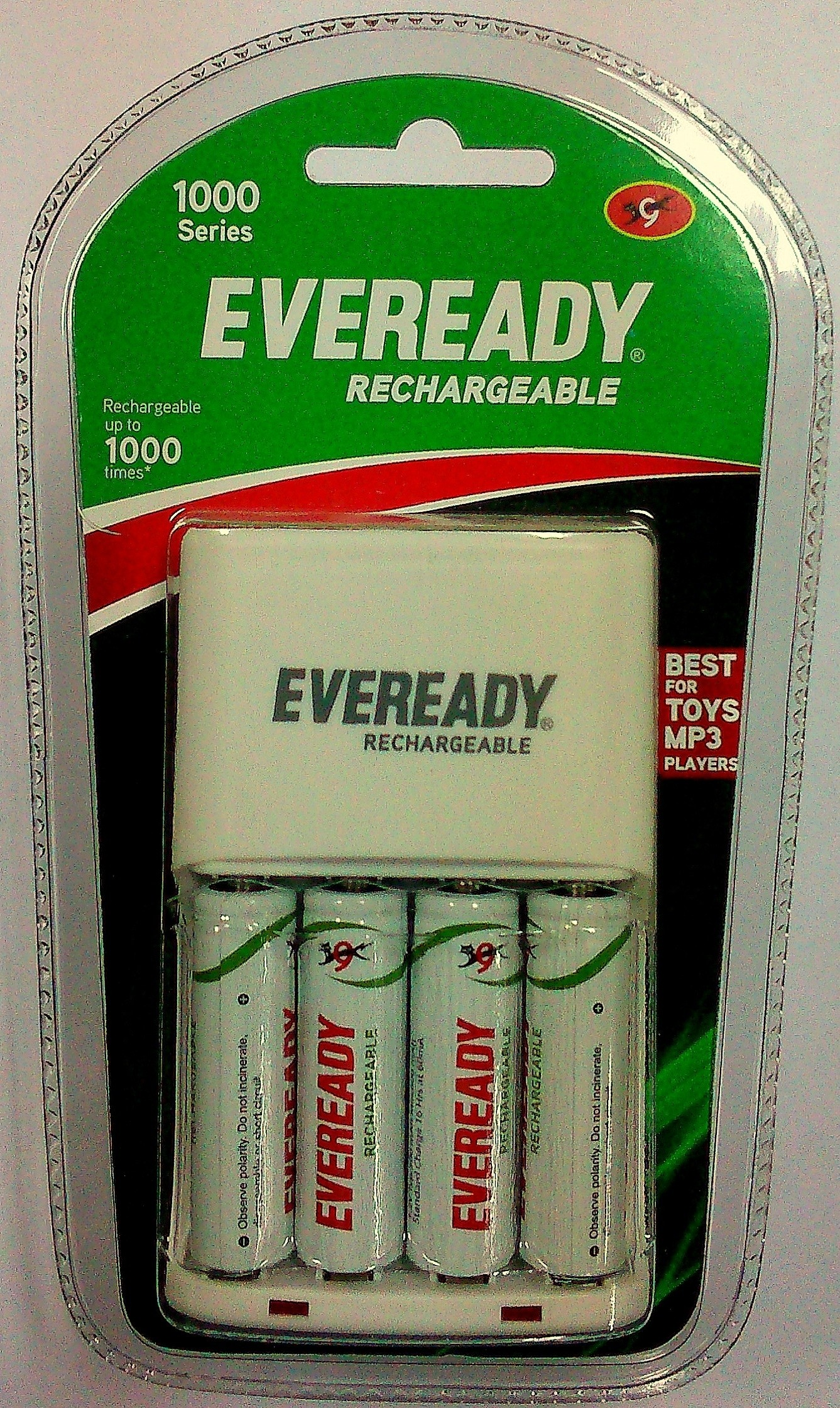 Eveready 1000 Series With 4 Aa Rechargeable Battery