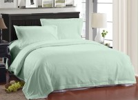 Ahmedabad Cotton Cotton Solid Double Bedsheet 1 Double Bedsheet, 2 Pillow Covers, Light Green