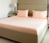 The Cotton Company Cotton Striped King Bedsheet 1 Bedsheet, 2 Pillow Covers, Champagne Peach