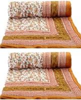Rangasthali Set Of 2 Jaipuri Traditional Ethnic Double Cotton Quilt / Razai In Yellow Flower Printed Double Blanket Multicolor