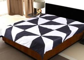 Sapatos Geometric Single Quilts & Comforters Black & White