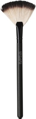 Oriflame Sweden Brushes and Applicators Oriflame Sweden Professional Fan Powder