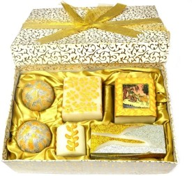 Tvish Candles Gold Melody Box Set Of Six Candle (White, Pack Of 6)
