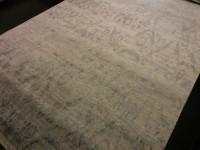 Carpet Couture White, Grey Viscose Area Rug