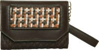 Phive Rivers Women Casual Brown Leather  Clutch