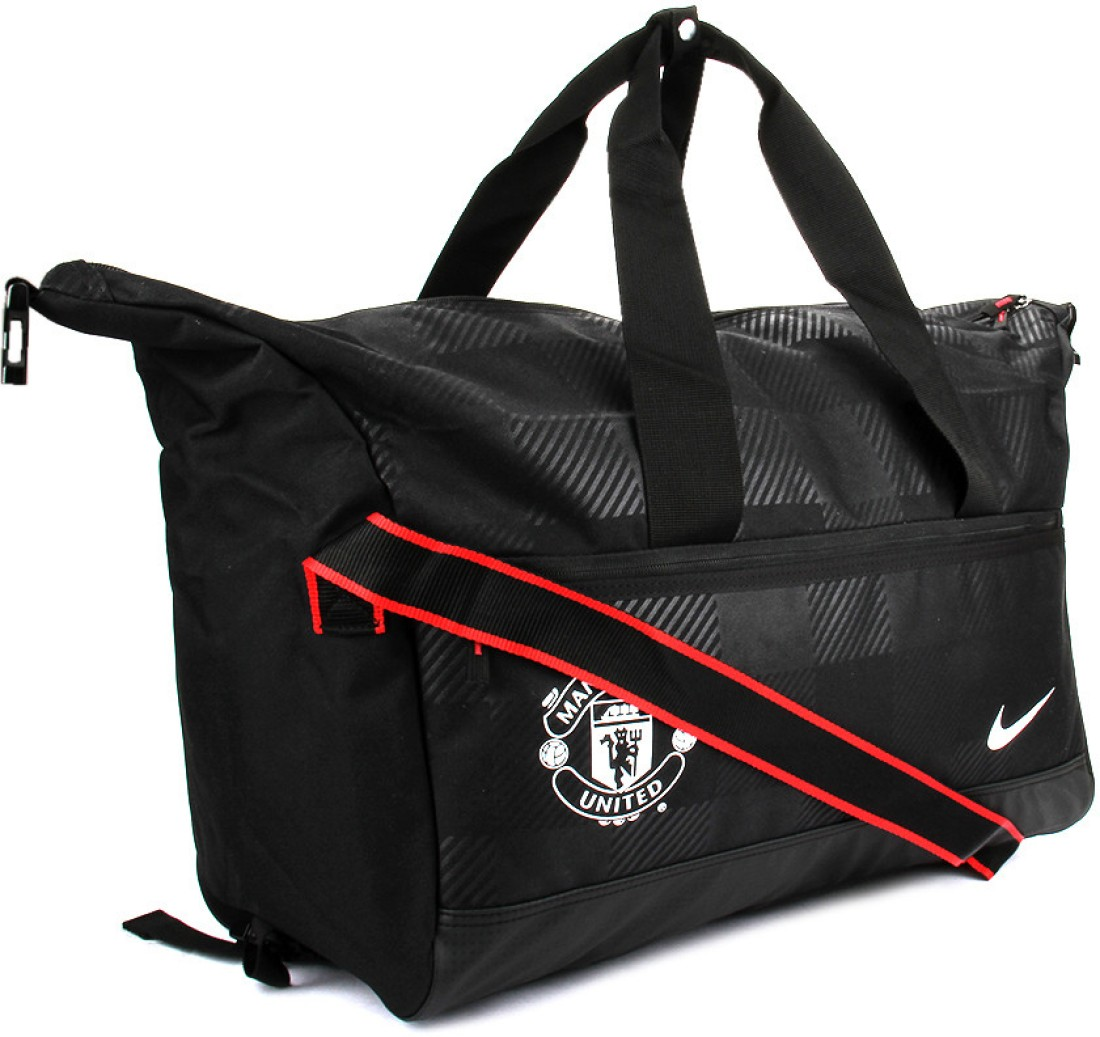 Gym Bag Flipkart: Nike 18.9 Inch Travel Duffel Bag Black And White