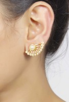 Muchmore Cuff Earring 18K Yellow Gold Plated Pearl Alloy Cuff Earring