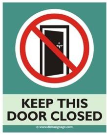 Dishasignage Keep-This-Door-Closed Emergency Sign
