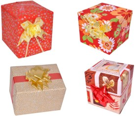Star Red & Beige Combo Flowers & Leaves Italian Paper Gift Wrapper