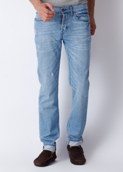 Compare Web Denim Straight Patch Pockets at Back, Coin Pocket, Curved Pockets at Front Men Jeans: Jean at Compare Hatke