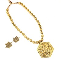 Oye Kudiye Hexagon Shaped Lord Ganesha Temple Brass, Copper Jewel Set (Gold)
