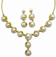 Sempre Of London Pearl Desire Alloy Jewel Set Gold