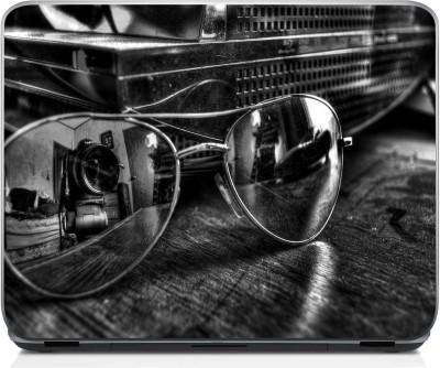 3M Moneysaver Sunglasses 3M Vinyl Laptop Decal (Multicolor)