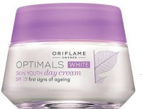 Oriflame Sweden Optimals White Skin Youth Day Cream Spf 15 (50 Ml)