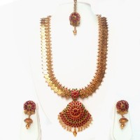 Beeline Charming Laxmi Temple Long Necklace Set Pearl Yellow Gold Plated Copper Necklace Set