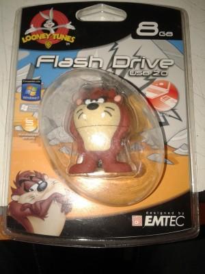 EMTEC Looney Tunes Taz 8 GB  Pen Drive (Brown)