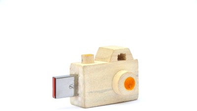 IVEI Camera 8 GB  Pen Drive (Yellow)
