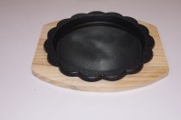 Gran Gran Sizzler Serving Tray With Wooden Base Solid Iron, Wood Tray (Black, Pack Of 1) - PTDE9YTVA7CWGKQU