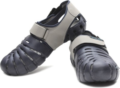 Globalite Parko IV Sandals for Men at Rs 499 Only from Flipkart