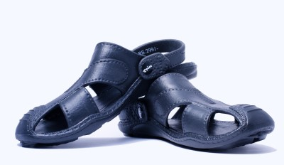 Spice Spice Pathani Sandals (Black)