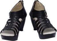 Scantia Women Black, Beige Heels Black, Beige