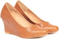 TEN Awesome Tan Leather Wedges