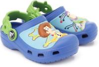 Crocs Woody & Bzz Lghtyr Cstm Clogs: Sandal