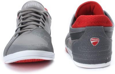 41f535270c4 ... puma men s xelerate low ducati nm fashion sneaker