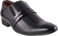 Mochi Classic Slip On Shoes: Shoe