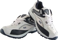 Sports Shoes - Buy Sports Shoes for men and Women's at India's