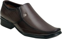 Oora Brown With Fine Lining Design Slip On Shoes