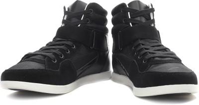 9; Nike Roshe Run