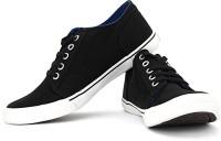 Converse Sneakers: Shoe