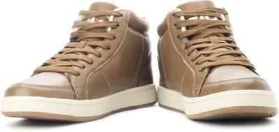 Compare Fila Scroll Sneakers at Compare Hatke