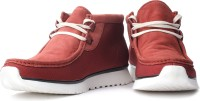 Clarks Tawyer Mid Boots: Shoe