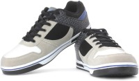 Admiral Campus Ace Sneakers: Shoe