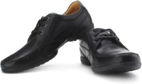 Clarks Recline Out Corporate Casuals: Shoe
