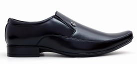 Buenos Aver 108 Solid Slip On Shoes