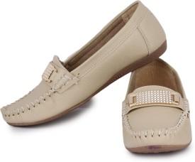 Naisha Loafers