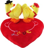 Anukriti Creations Valentines Soft Yellow Duck Couple On Blooming Red Heart  - 30 Cm (Yellow)