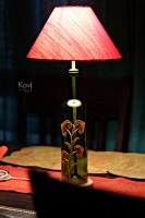 Kavi The Poetry Art Project Classic Leaf Table Lamp (51 Cm, Green, Red)