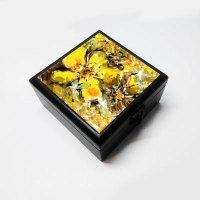 Merchbay Vanity Boxes Merchbay Abstract Flower Accessory, Artist : Prakash Raman Jewellery, Make up Vanity Jewellery