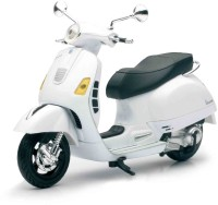 New-Ray Vespa GTS 300 Super